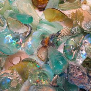 Billedresultat for ancient roman glass fragments